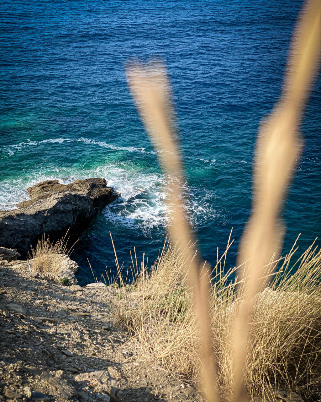 Photo showing the sea at Evita Bay, a place in Bali on Crete